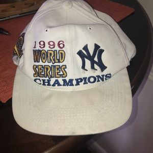 Other - Vintage baseball hat 1996 word series champs